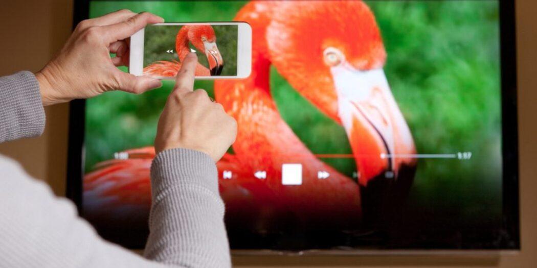 √ Cara Menghubungkan HP ke Televisi Tanpa Kabel | Sidikul.Com